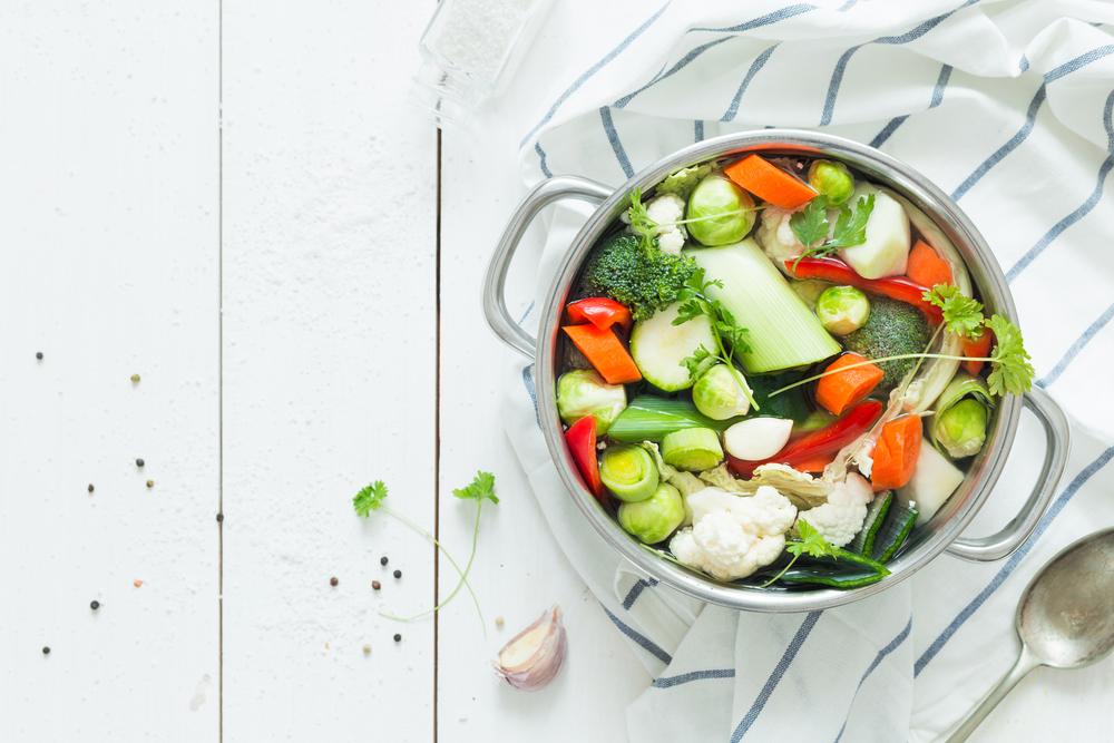 Groente in pan voor food blog