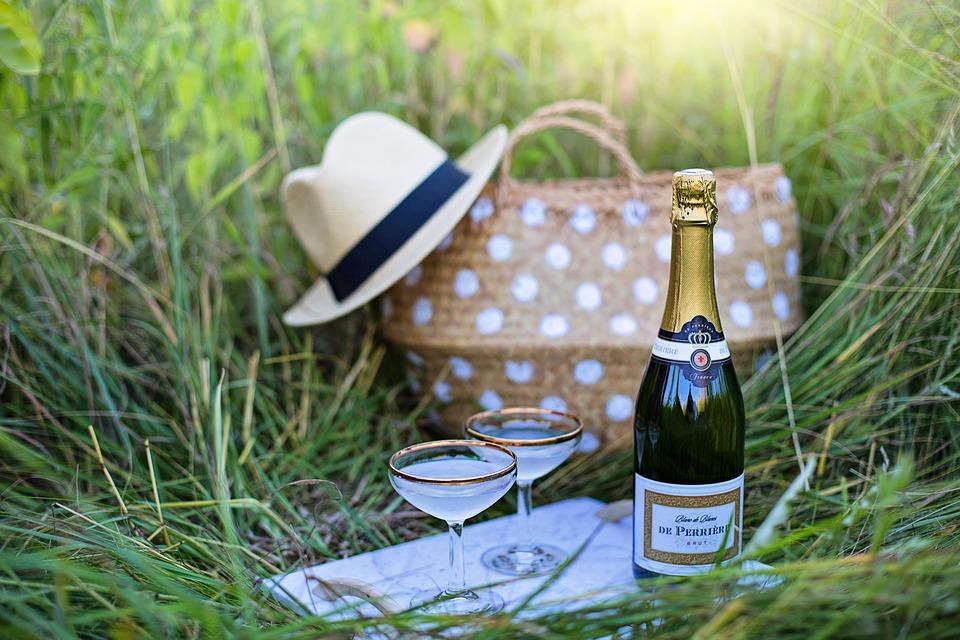 maak zelf champagne met deze 7 stappen